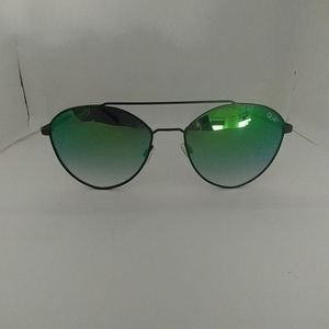 Quay Dragon Fly Sunglasses